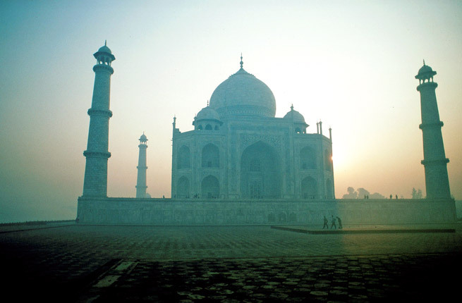 Taj Mahal. Indian Palace. Agra, Uttar Pradesh, India, Asia
