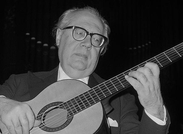 Andres Segovia in het Concertgebouw *3 november 1962