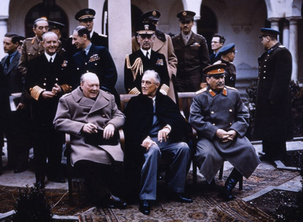 Yalta_Conference-Churchill-Roosevelt-Stalin