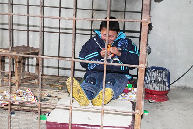 Boy Aged 12 With Psychiatric Problems Kept Locked In Cage