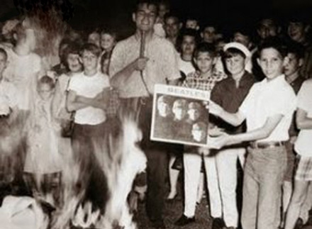 Beatles_record_burning