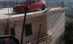 Παρκάρισμα πάνω σε ταράτσα στην Μεσαρά
