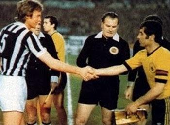 AEK-Juventus-UEFA-1977