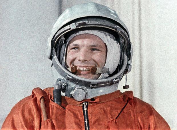 Yuri_Gagarin-2
