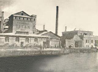 TITAN-1902