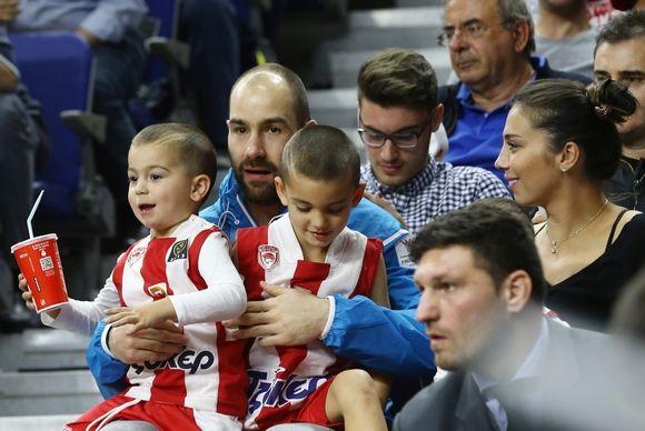 ÓÐÁÍÏÕËÇÓ  ÔÓÓÊÁ - ÏËÕÌÐÉÁÊÏÓ(ÖÁÉÍÁË ÖÏÑ ÅÕÑÙËÉÃÊÁ 2014-2015) SPANOULIS  CSKA - OLYMPIAKOS(FINAL FOUR EUROLEAGUE 2014-2015)