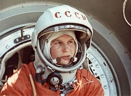 Valentina_Tereshkova-1963