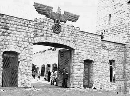 Mauthausen_camp