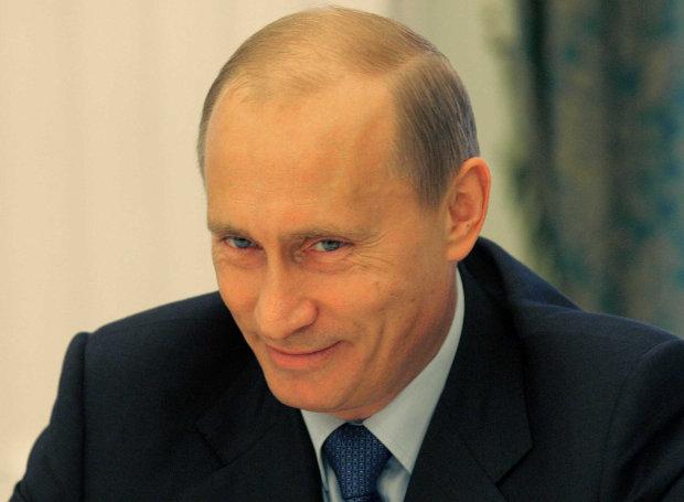 Vladimir_Putin-smiling
