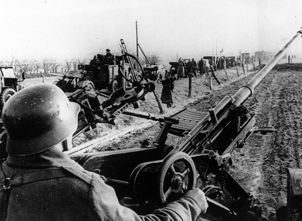 German_troops-1940