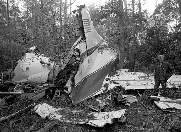 Lynyrd_Skynyrd-plane_crash