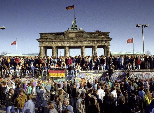 Berlin_Wall-1989