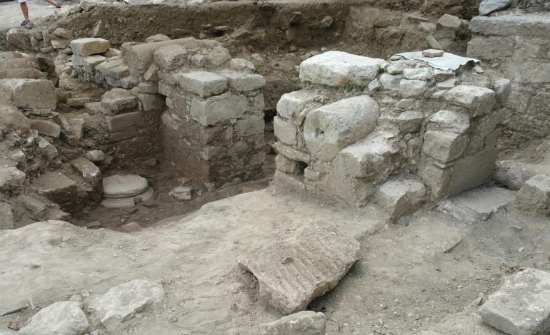Στo Ρέθυμνο το αρχαιότερο νοµοθέτηµα της Ευρώπης! Arxaia-eleutherna-770x470