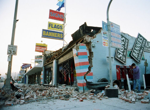 Los_Angeles-earthquake-1994