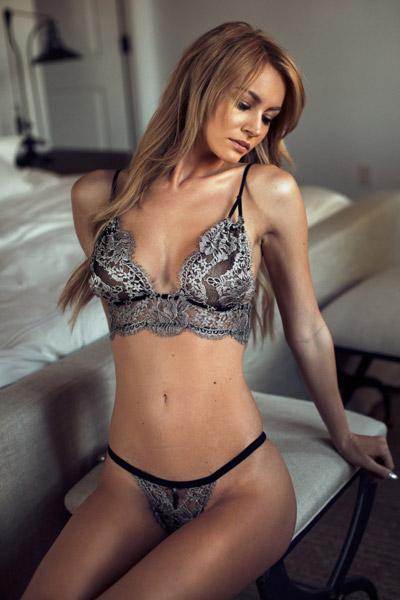 Bryana-Holly-5