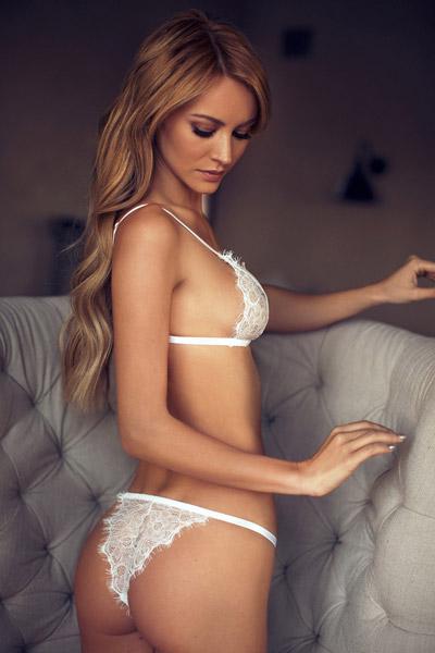 Bryana-Holly-8