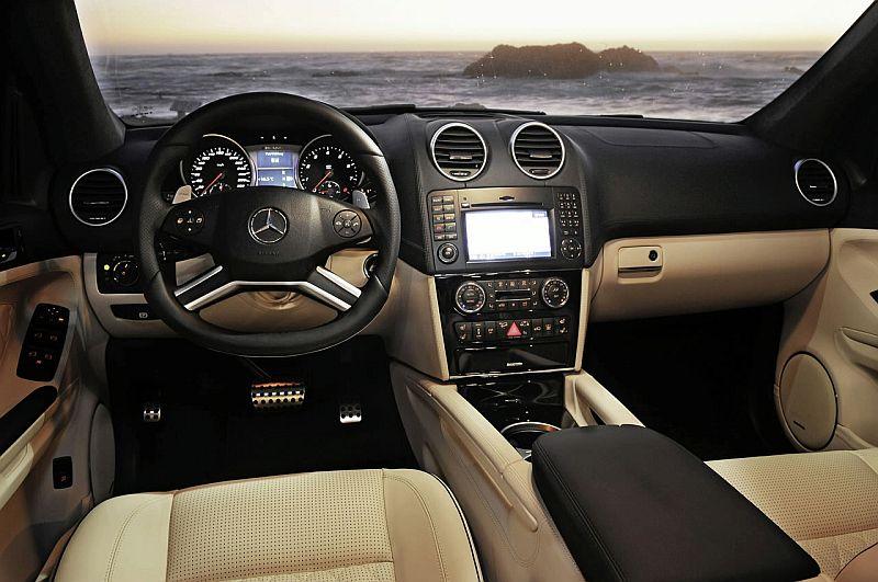 Mercedes-Benz_ML63_AMG2