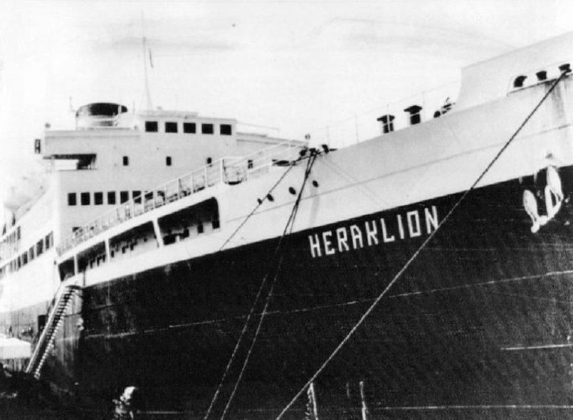 Το φέρι-μποτ «Ηράκλειον» βυθίζεται λόγω διάρρηξης του πλευρικού καταπέλτη μέσα σε 10′ ανοικτά της νήσου Φαλκονέρας, παρασύροντας στο θάνατο 225 από τους επιβαίνοντες