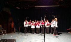 Στην Χριστουγεννιάτικη εκδήλωση των ΚΕΚΟΙΦ – ΑΠΗ ο Β. Λαμπρινός