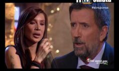 Η Πάολα ερμηνεύει Μάνο Χατζιδάκη και μαγεύει