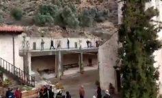 Χιλιάδες σφαίρες στην κηδεία του Ηγούμενου της Ι.Μ.Βροντησίου
