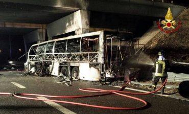 Ιταλία: 16 νεκροί σε δυστύχημα με λεωφορείο που μετέφερε μαθητές
