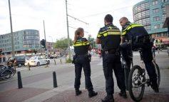 Άντρας στην Ολλανδία πέταξε τσάντα προς το Κοινοβούλιο
