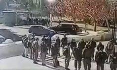 Σοκαριστικό βίντεο: Η στιγμή που φορτηγό συνθλίβει στρατιώτες στην Ιερουσαλήμ