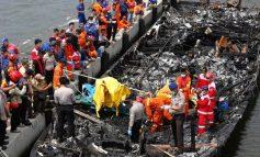 Στους 23 οι νεκροί από τη φωτιά σε τουριστικό πλοίο