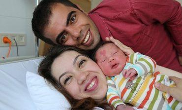 Μωρό στην Τουρκία γεννήθηκε με μια καρδιά στο μέτωπο!