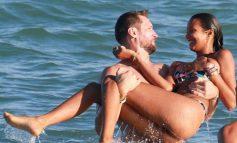 Lais Ribeiro κάνει «παιχνίδια» στη θάλασσα και αναστατώνει