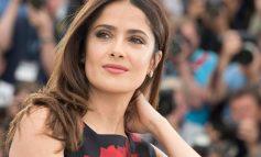 Η Salma Hayek χωρίς ίχνος μακιγιάζ εντυπωσιάζει!