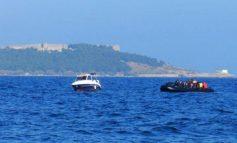 Επιχείρηση του λιμενικού για σκάφος με μετανάστες σε παραλία των Χανίων