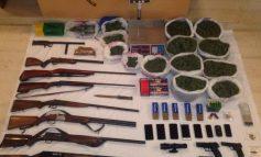 7 συλλήψεις στο Μυλοπόταμο - Βρέθηκαν όπλα και πάνω από 4 κιλά κάνναβη