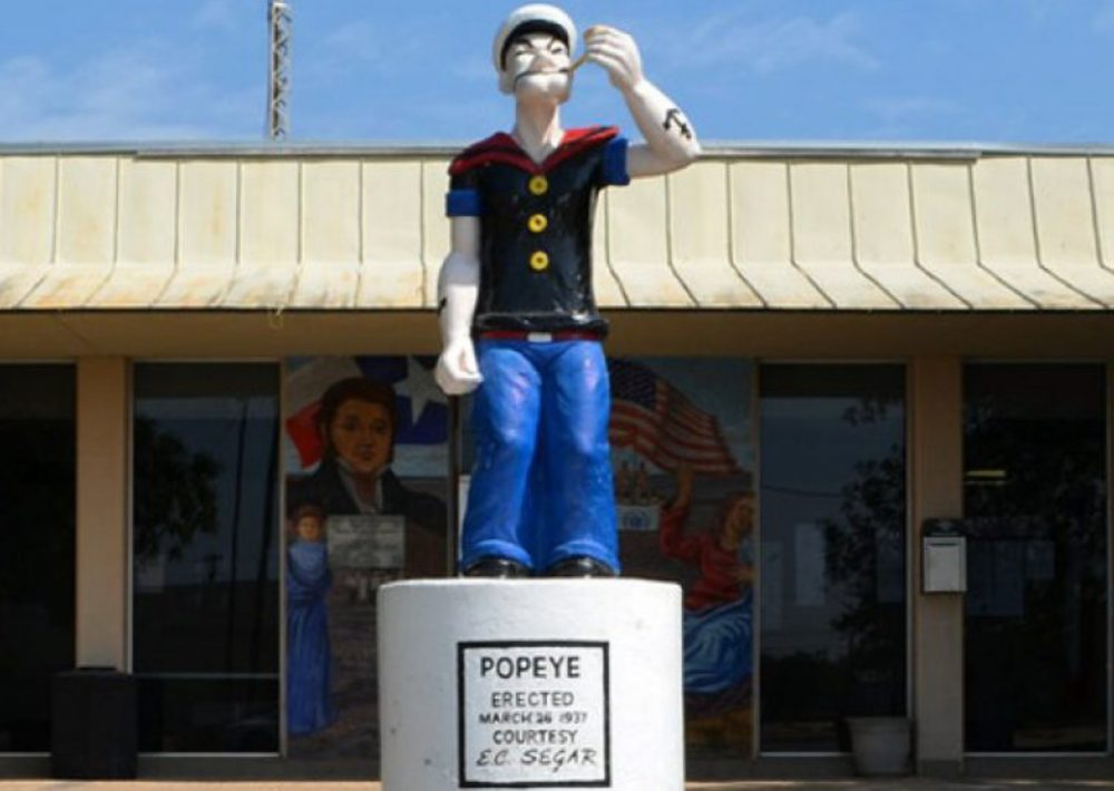 Στο Τέξας, οι καλλιεργητές σπανακιού αναγείρουν το άγαλμα ενός μεγάλου ευεργέτη του κλάδου, του Ποπάι