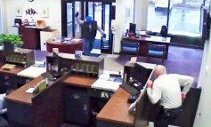 Φύλακας σε τράπεζα τραυμάτισε θανάσιμα ληστή