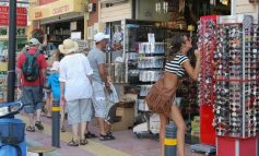 Άδειες χρήσης κοινόχρηστων χώρων στη Χερσόνησο