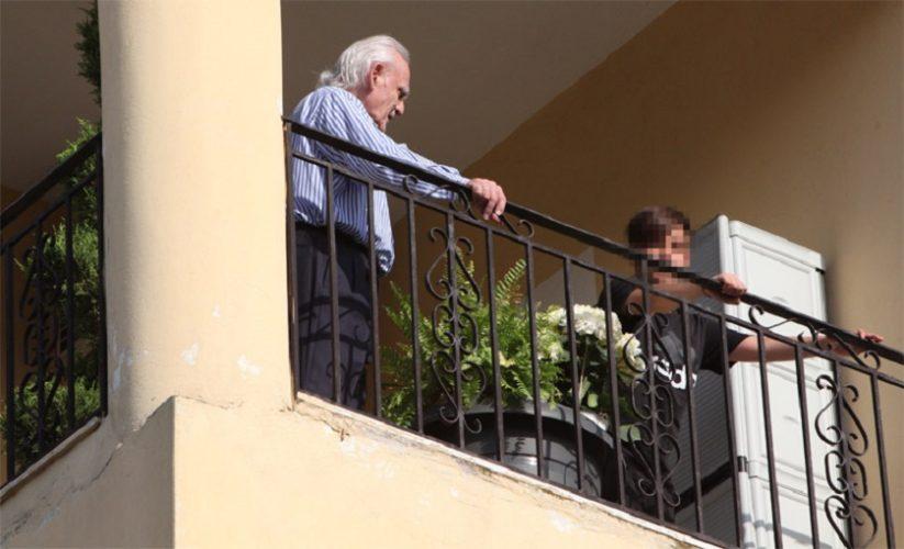 Οι πρώτες στιγμές του Άκη Τσοχατζόπουλου μαζί με τον γιο του