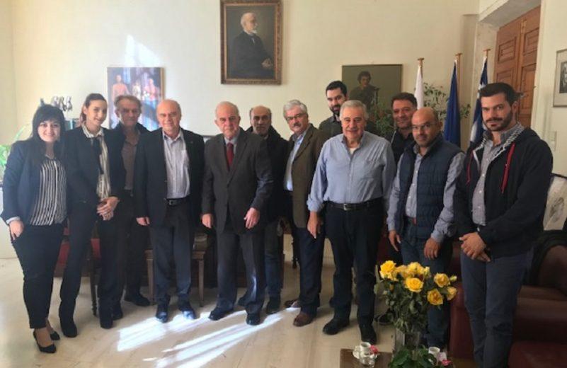"""Συνάντηση της παράταξης """"Μπροστά για το Επιμελητήριο"""" με το Δήμαρχο Ηρακλείου"""