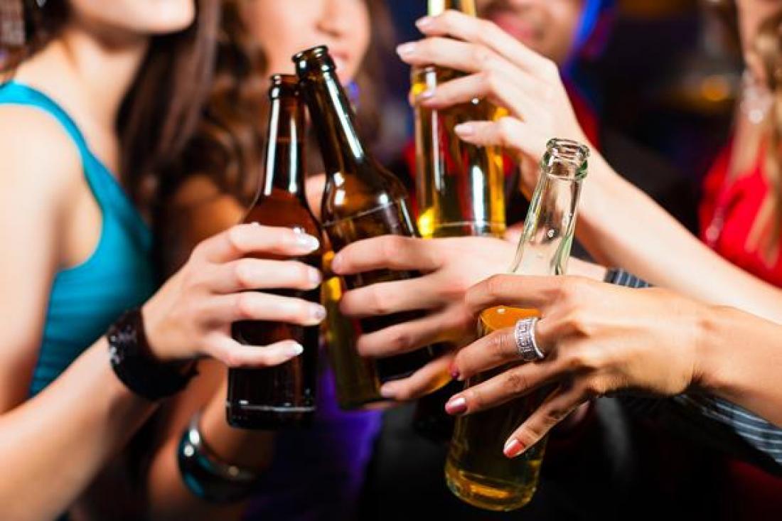 υπερβολική κατανάλωση αλκοόλ