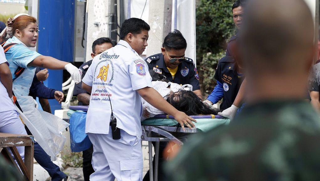 Δεκάδες νεκροί στην Ταϊλάνδη από πυρκαγιά σε λεωφορείο