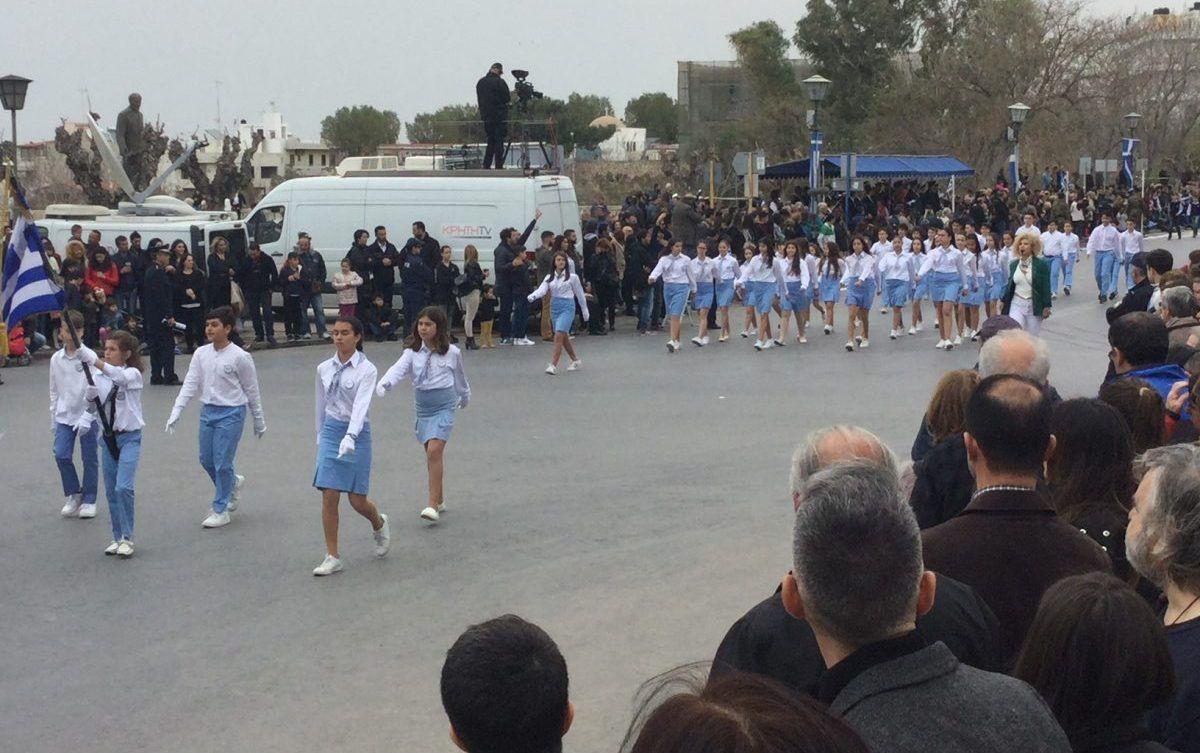 Με λαμπρότητα γιορτάστηκε η Εθνική εορτή της 25ης Μαρτίου στο Ηράκλειο
