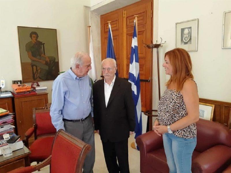 Στον δήμαρχο Ηρακλείου ο 84χρονος φοιτητής