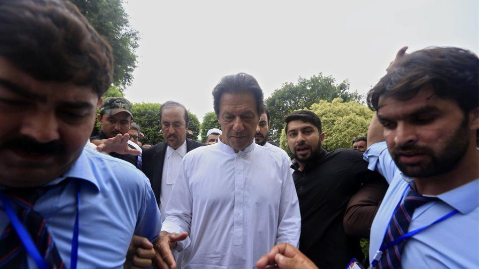 Ορκίστηκε πρωθυπουργός του Πακιστάν ο Ίμραν Χαν