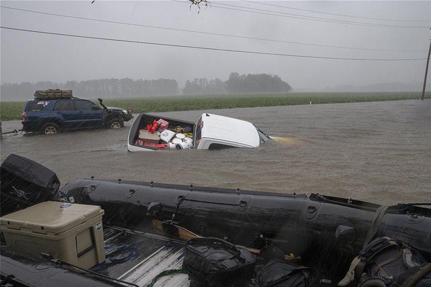 Στους 12 οι νεκροί από τον τυφώνας Florence στις ΗΠΑ
