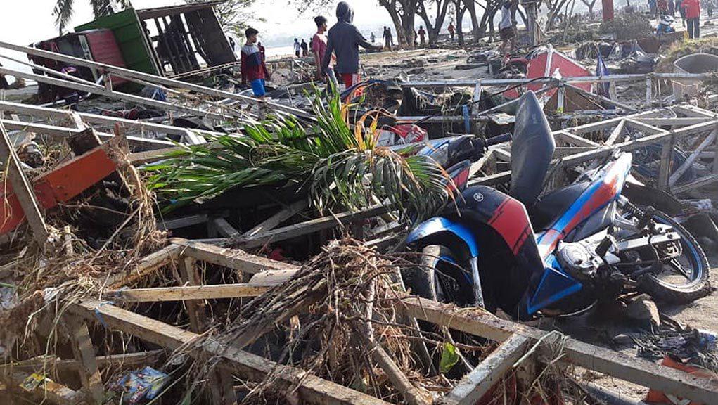 Τραγωδία: Εκατοντάδες νεκροί από σεισμό και τσουνάμι στην Ινδονησία