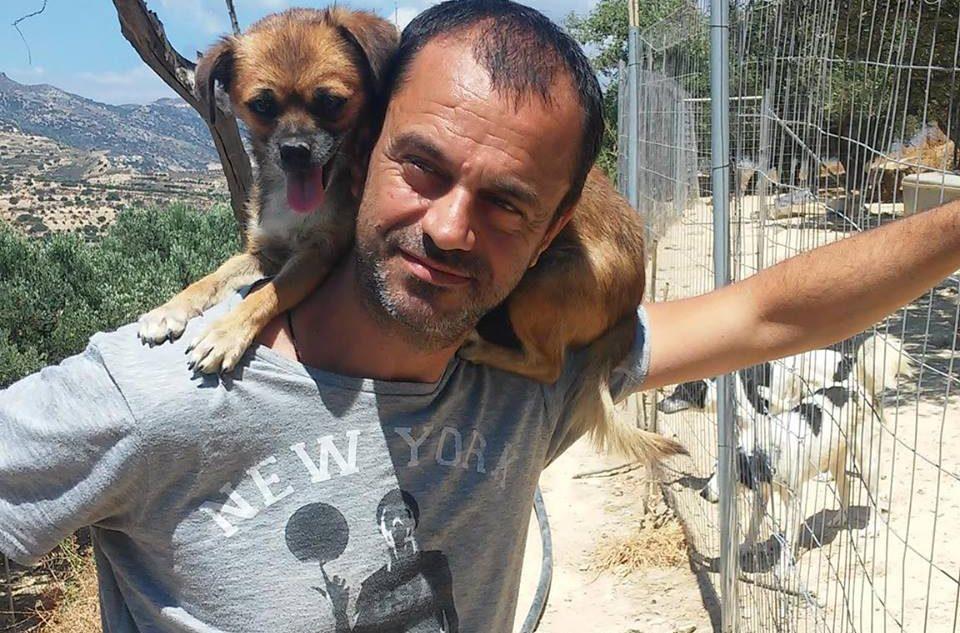 Ο Κρητικός που ξόδεψε 180 χιλ. ευρώ για αδέσποτα σκυλιά