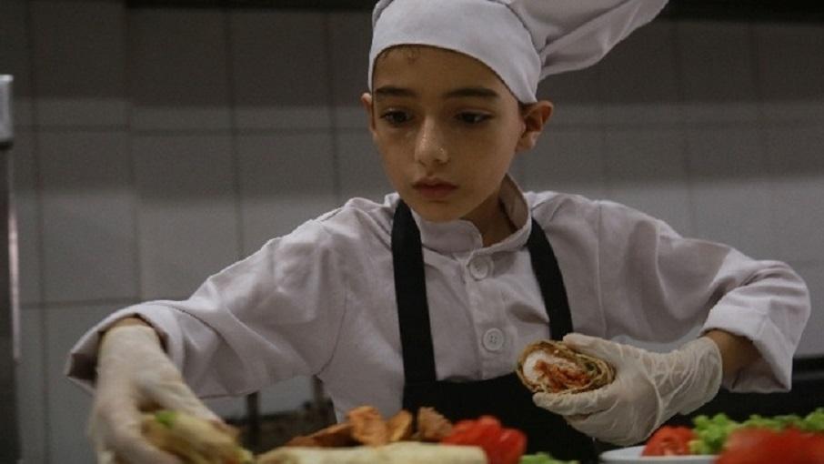 11χρονος Παλαιστίνιος με λευχαιμία είναι μεγάλο ταλέντο στη μαγειρική