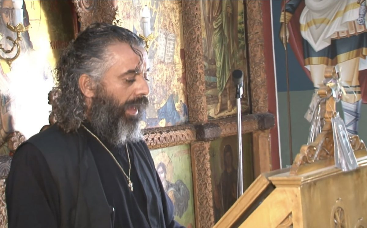 Ιερέας της Καλύβου Μυλοποτάμου, Ιωάννης Παπαδάκης